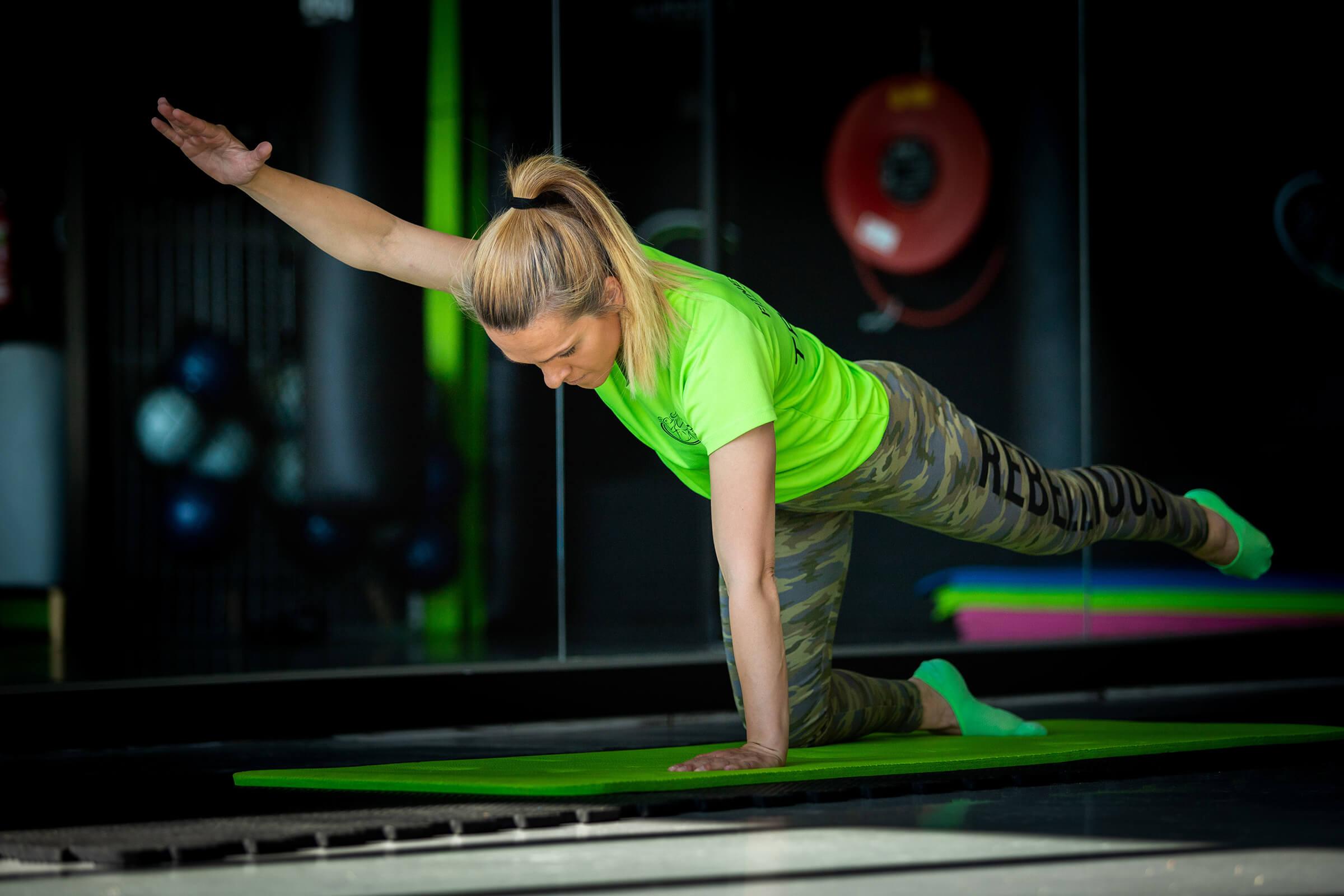 Fitness-Discipline-core-training